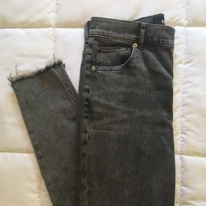 Express worn once gray skinny jean
